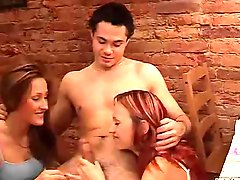 Cfnm 2 Girls Suck Off Guy After His Towel Falls Off