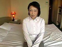 Japanese Chubby Mature Yukiko Wakita 45years