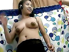 Filipina Girl 21 Showing Off Her Nice Boobs On Cam