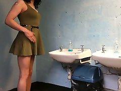 Crossdress In Club Toilets