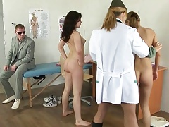 Pasando Consulta Con La Doctora