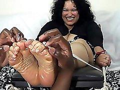 Sadie Tickled