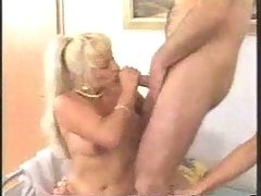 Swingers Sexparty Group Creampie Eating