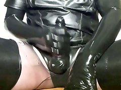 Rubber Milking