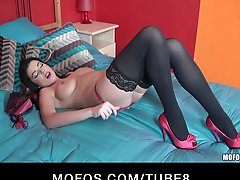Hot Bigboobed Milf Rye Gives A Striptease Before Riding Bigdick