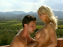 Tanya Hansen Sex In Pool