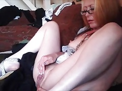 Hot Milf Masturbating Solo